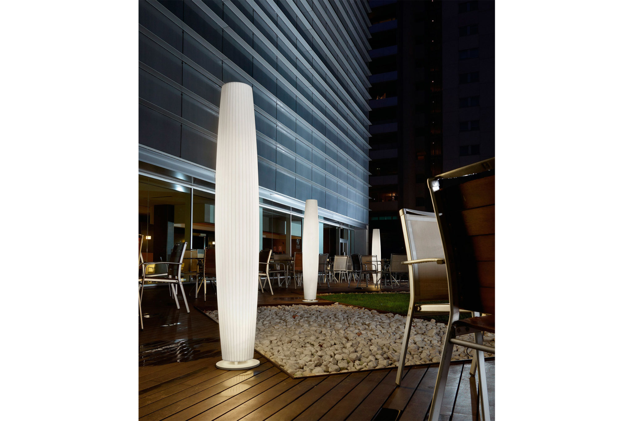 Outdoor lighting luxury homes design for Luxury outdoor lighting